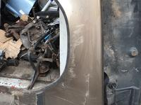 Крыло левое на Mercedes Benz 124 за 30 000 тг. в Алматы