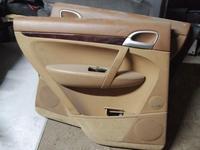 Обшивка задней левой двери на Porsche Cayenne 955 957 за 15 000 тг. в Алматы