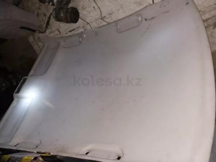 Потолок Бмв 520 е39 1998г за 25 000 тг. в Костанай