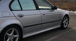 BMW 528 1999 года за 3 200 000 тг. в Караганда – фото 4