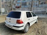 Volkswagen Golf 2000 года за 2 450 000 тг. в Жезказган – фото 3