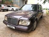 Mercedes-Benz E 280 1993 года за 2 200 000 тг. в Шымкент – фото 2