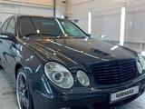Mercedes-Benz E 200 2005 года за 4 100 000 тг. в Атырау – фото 3