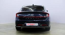 Hyundai Sonata 2021 года за 15 000 000 тг. в Караганда – фото 2