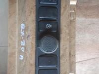 Панель кнопок обогрева сидений и руля за 10 000 тг. в Алматы
