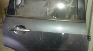 Дверь задняя правая на мицубиси оутлендер 2004г за 40 000 тг. в Алматы