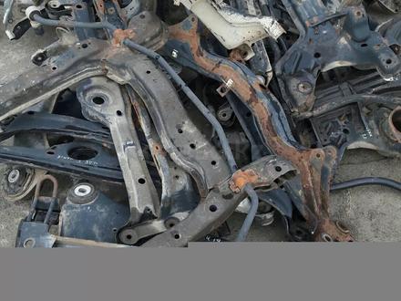 Ауди а4 балка передняя за 15 000 тг. в Актобе – фото 2