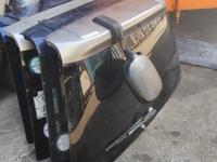 Стекло багажника Honda CR-V за 777 тг. в Алматы
