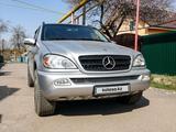 Mercedes-Benz ML 400 2004 года за 5 500 000 тг. в Алматы – фото 2
