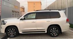 Toyota Land Cruiser 2018 года за 29 900 000 тг. в Алматы – фото 4