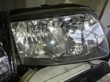 Фары передние на VW Polo R L 2001-2005 за 10 000 тг. в Алматы – фото 2