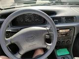 Toyota Camry 2001 года за 4 500 000 тг. в Алматы – фото 3