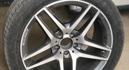 Летние шины б/у с оригинальными дисками от Mercedes S-classe W222 R19 за 450 000 тг. в Нур-Султан (Астана)