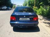 BMW 528 1996 года за 1 450 000 тг. в Тараз – фото 2
