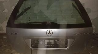 Крышка багажника на мерседес С 203 универсал за 35 000 тг. в Караганда