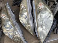 Передний фары Honda Stepwgn (2005-2009) 95000т за обе за 95 000 тг. в Алматы