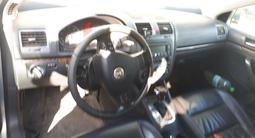 Volkswagen Jetta 2005 года за 2 690 000 тг. в Нур-Султан (Астана) – фото 3