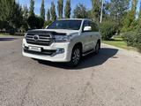 Toyota Land Cruiser 2018 года за 33 000 000 тг. в Тараз