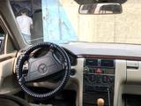 Mercedes-Benz E 230 1997 года за 1 300 000 тг. в Уральск – фото 3