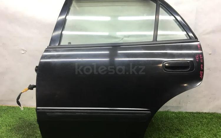 Дверь задняя Toyota Carib AE114 за 17 000 тг. в Темиртау
