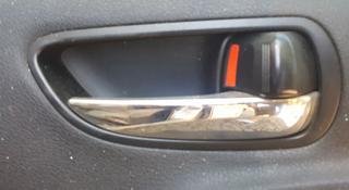 Внутренние ручки лексус IS-250 год2008 (кроме водительской) за 8 000 тг. в Актобе