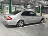 Mercedes-Benz E 320 2004 года за 4 100 000 тг. в Усть-Каменогорск – фото 3