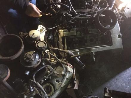 Двигатель на мерседес 111 за 110 000 тг. в Караганда