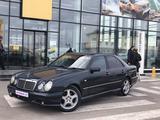 Mercedes-Benz E 280 1997 года за 2 600 000 тг. в Караганда – фото 2