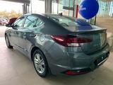 Hyundai Elantra 2020 года за 8 290 000 тг. в Актау – фото 4