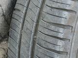 Комплект шин с дисками 185/65/R15 Michelin (4 шт.) за 150 000 тг. в Актау – фото 2