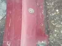 Крышка багажника на пассат б3 за 8 000 тг. в Караганда