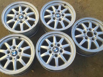 Оригинальные легкосплавные диски 27 стиль на BMW (Германия R15 5*1 за 80 000 тг. в Нур-Султан (Астана) – фото 2