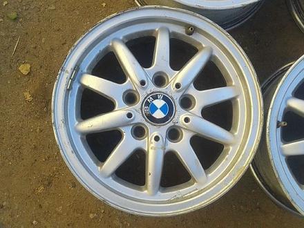 Оригинальные легкосплавные диски 27 стиль на BMW (Германия R15 5*1 за 80 000 тг. в Нур-Султан (Астана) – фото 3