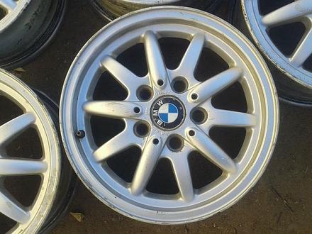 Оригинальные легкосплавные диски 27 стиль на BMW (Германия R15 5*1 за 80 000 тг. в Нур-Султан (Астана) – фото 4