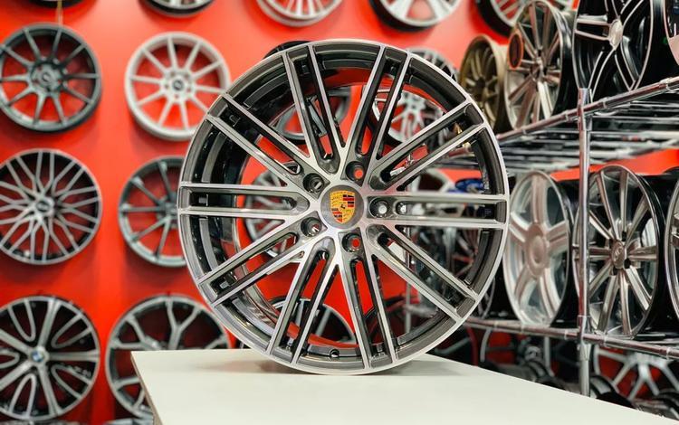 R21 Porsche Panamera за 450 000 тг. в Алматы