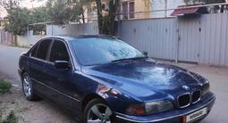 BMW 528 1998 года за 1 450 000 тг. в Алматы