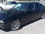 BMW 520 1993 года за 950 000 тг. в Тараз – фото 2