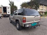 Chevrolet Tahoe 2002 года за 2 900 000 тг. в Алматы – фото 3