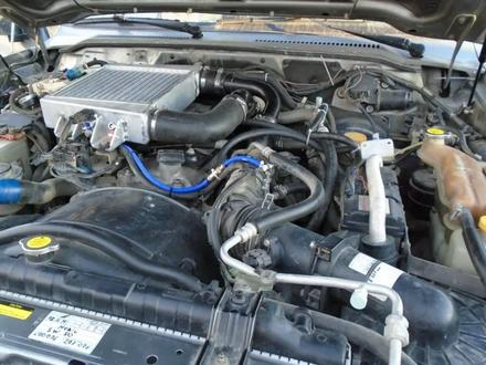 Двигатель ниссан за 1 900 тг. в Шымкент