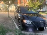 Chrysler Town and Country 2005 года за 4 000 000 тг. в Кызылорда – фото 3