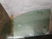 Стекло водительской двери на Mercedes Benz w212 класса за 35 000 тг. в Алматы