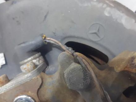 Ступицы передние в сборе на Mercedes w201 e190 за 48 394 тг. в Владивосток – фото 25