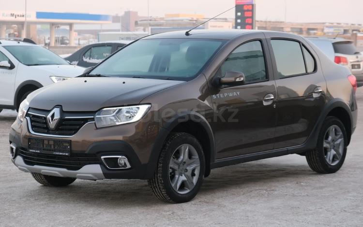 Renault Logan Stepway Life AT 2021 года за 7 217 680 тг. в Караганда