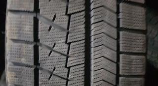 Зимнюю бу шину из Японии в отличном состоянии. Размер 225/45/18. за 70 000 тг. в Алматы
