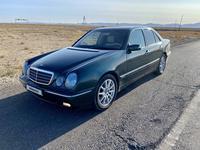 Mercedes-Benz E 240 2000 года за 3 300 000 тг. в Шымкент