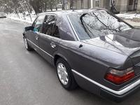 Mercedes-Benz E 230 1991 года за 1 700 000 тг. в Шымкент