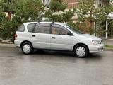 Toyota Ipsum 1997 года за 3 000 000 тг. в Алматы – фото 5