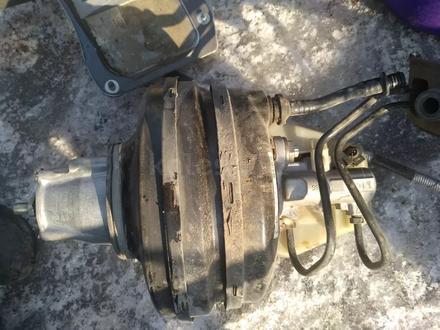 Вакуумный усилитель тормозов в сборе с главным тормозным цилиндром на… за 40 000 тг. в Алматы