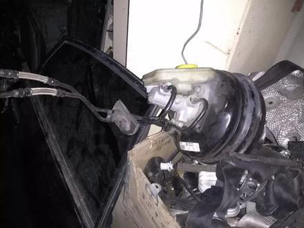 Вакуумный усилитель тормозов в сборе с главным тормозным цилиндром на… за 40 000 тг. в Алматы – фото 4