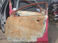 Toyota RAV4 тоёта Рав 4 передняя левая дверь за 25 000 тг. в Костанай